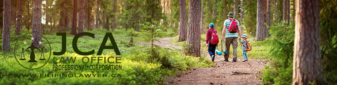dad-and-kids-walking-together-in-the-forest